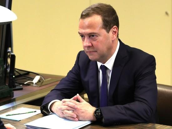«Резкая, грязная кампания»: Медведев засомневался влегитимности президентских выборов вУкраинском государстве