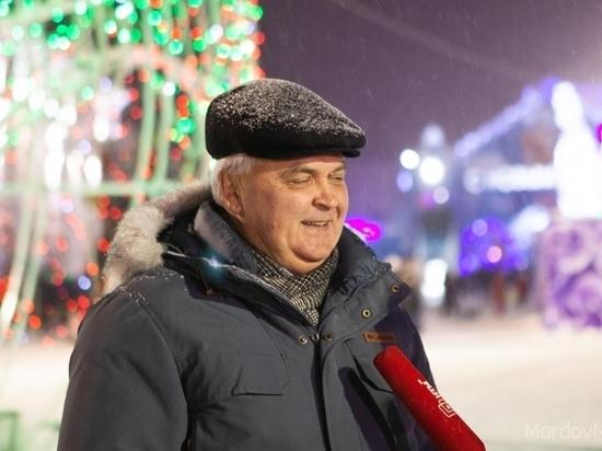 Мэр Саранска хочет подарить гармонь талантливому мальчику