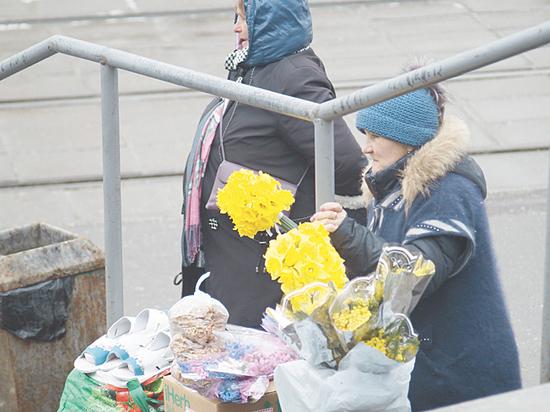 Торговцы цветами в Москве заявили о десятикратной прибыли на мимозе