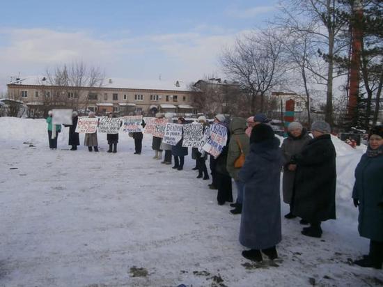 Политизация коммунальных протестов: кто стоит за странными акциями  в Каменском городском округе