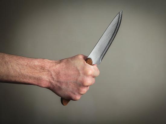 Житель Саранска получил ножом в спину от собутыльника