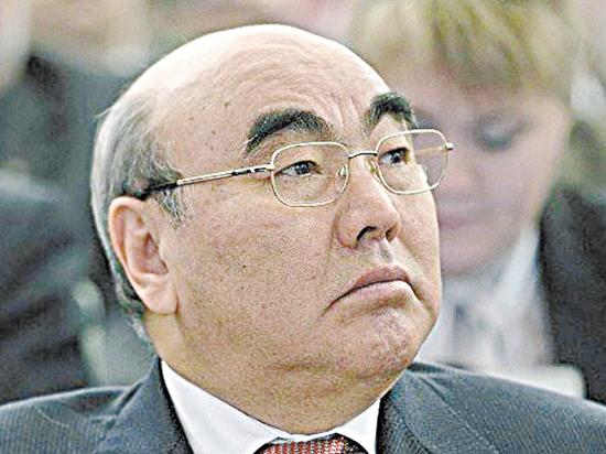 «Демократический процесс»: Аскар Акаев поддержал суды над экс-президентами постсоветских республик