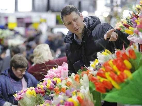 Цветы в Ивановской области проверяют на опасный калифорнийский трипс