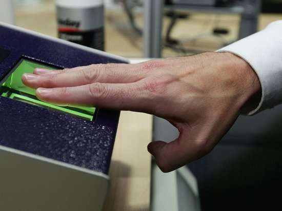 В 2021 году все казахстанцы должны будут сдавать отпечатки пальцев