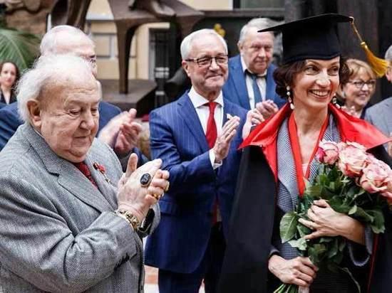 Чествуя гендиректора ЮНЕСКО, Церетели вспомнил Зою Космодемьянскую