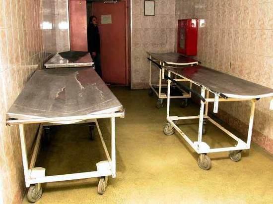 «Самообслуживание» в моргах: родственники сами везут тела, сами моют