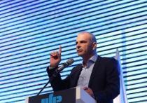 """Моше Кахлон: """"К власти стремятся вернуться те, кто почти уничтожил средний класс"""""""
