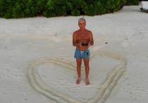 Необычную акцию затеял известный артист Олег Газманов в канун 8 марта - он предложил мужчинам дарить женщинам свои сердца