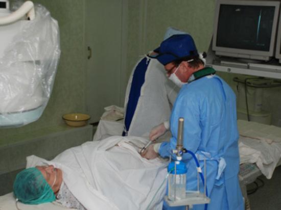 Саратовцам пообещали ежегодные бесплатные онкологические осмотры