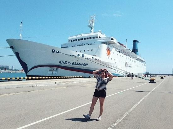 Крымские женщины рулят: от грузовика до лайнера
