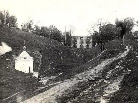 В Калуге из руин предложили возродить бани Давингофа