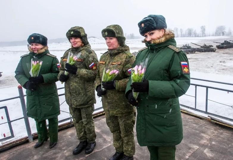 Поздравления с 8 мартом женщин-военнослужащих
