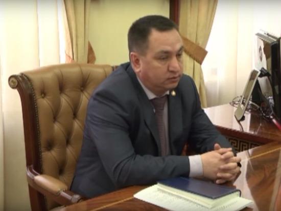 Российский чиновник заявил, что получающие маленькие зарплаты бюджетники являются лентяями