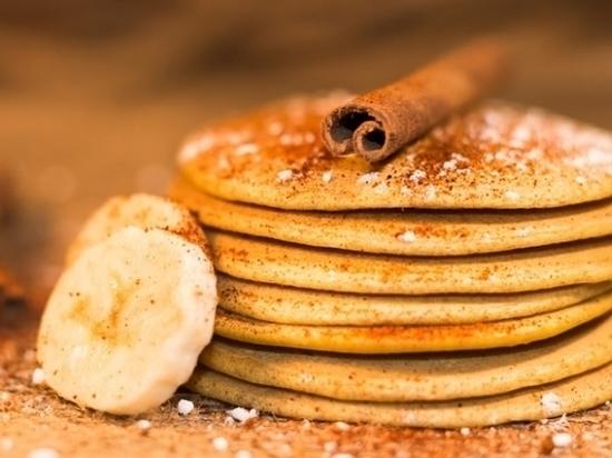 «Блинный передоз»: волгоградцам показали последний масленичный рецепт блинов