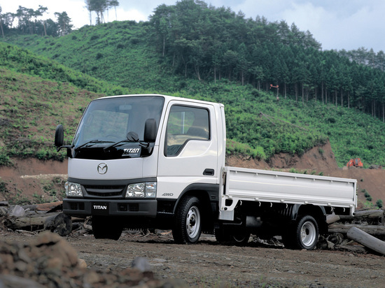 В Улан-Удэ под колесами грузовика погибла женщина