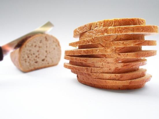 Жительница Гагарина обнаружила в хлебной нарезке таракана