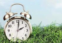 10 марта не забудьте перевести часы на час вперед – Северная Америка переходит на «летнее» время, которое продлится до 3 ноября