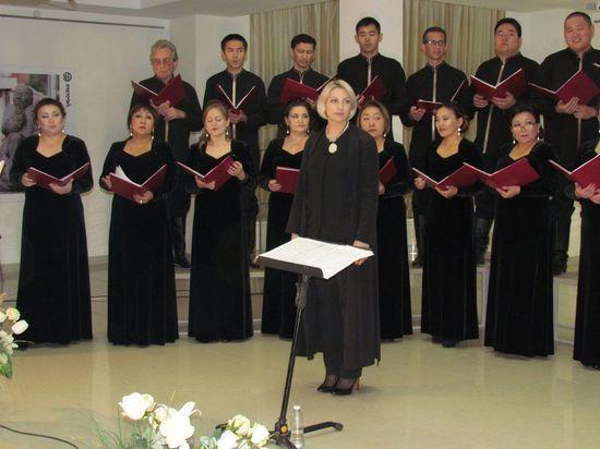 Государственный хор Калмыкии выступит в Астраханском театре оперы и балета