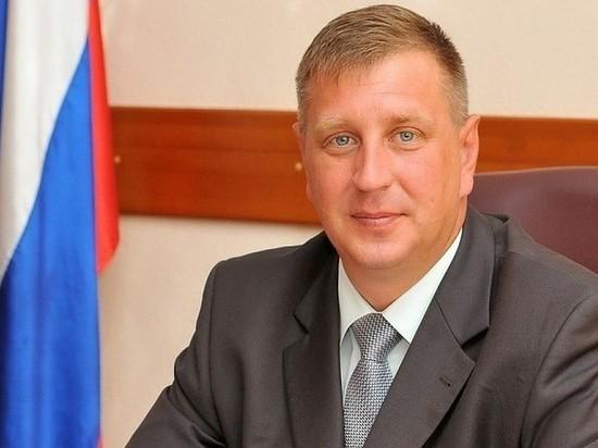 Главу Берёзовского освободили из СИЗО и перевели на домашний арест
