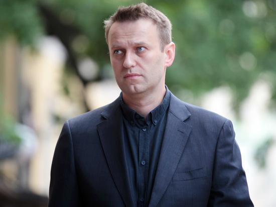 СМИ: заподозренная в педофилии активистка штаба Навального уехала из РФ