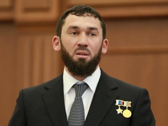 Глава парламента Чечни объявил кровную месть блогеру: