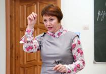 Астраханцы могут отдать голос за любимого учителя