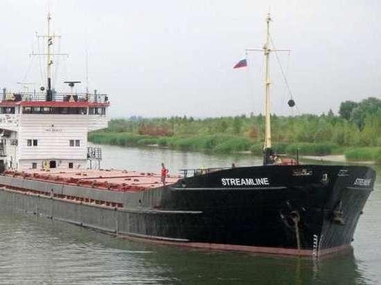 Экипаж из РФ сарестованного вТурции судна небудет перекрывать Босфор