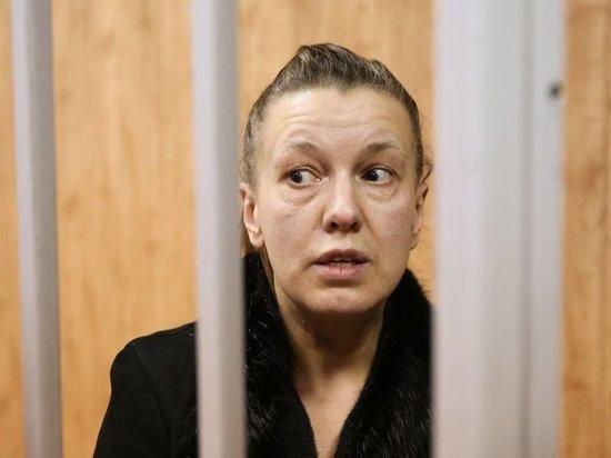 Суд арестовал мать спасенной в Москве девочки-маугли