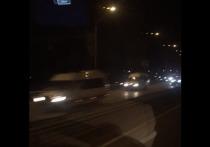 По дороге в красноярский аэропорт засняли кортеж Медведева