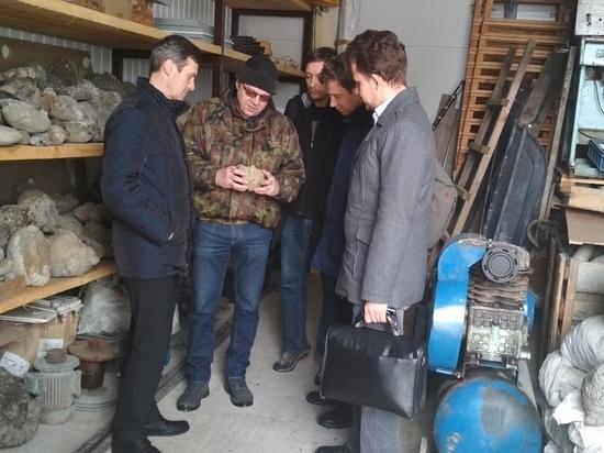 В Ульяновске нашли раковину головоногого моллюска волгобелуса