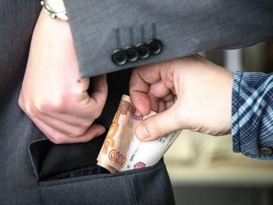 В Томске задержали местного бизнесмена за попытку коммерческого подкупа в 3 тысячи евро