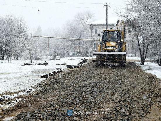 Дублёр снесённой оползнем дороги в станицу Баканскую отремонтировали после дождей