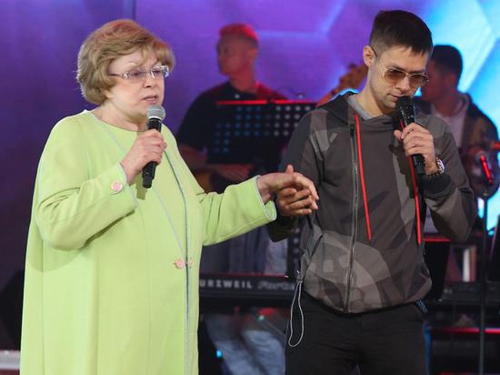 Эдита Пьеха поведала, как еевнук Стас сражался снаркозависимостью