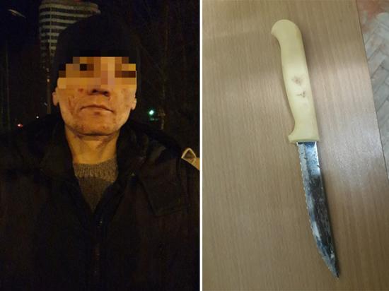 В Чебоксарах грабитель с ножом напал на девушку