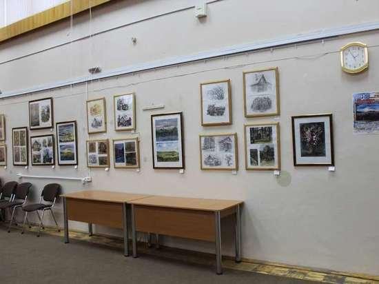 В Элисте проходит выставка воспитанников калмыцкой школы искусств