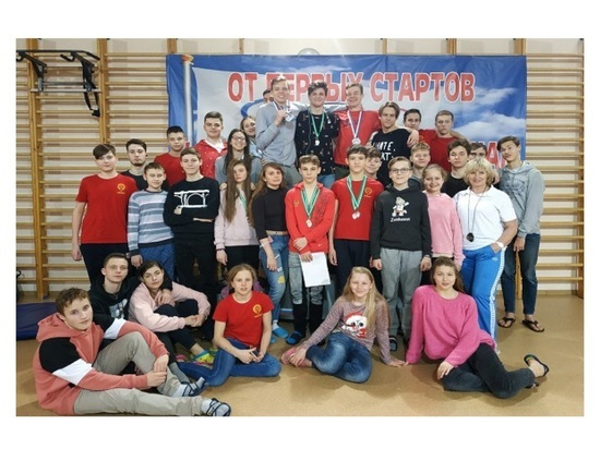 Пловцы из Серпухова вернулись с наградами областных соревнований
