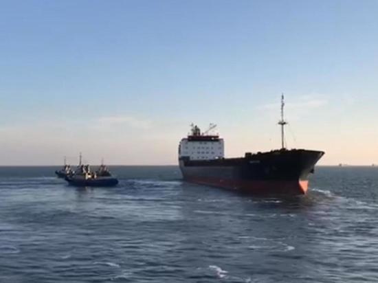 Судно, вышедшее из Украины, застряло в Керченском проливе