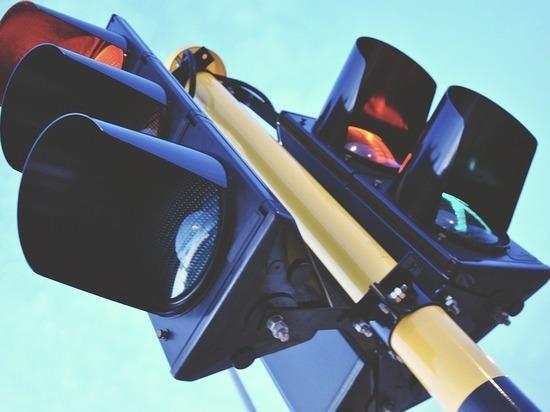 Новые светофоры с пешеходными кнопками появятся в Петрозаводске