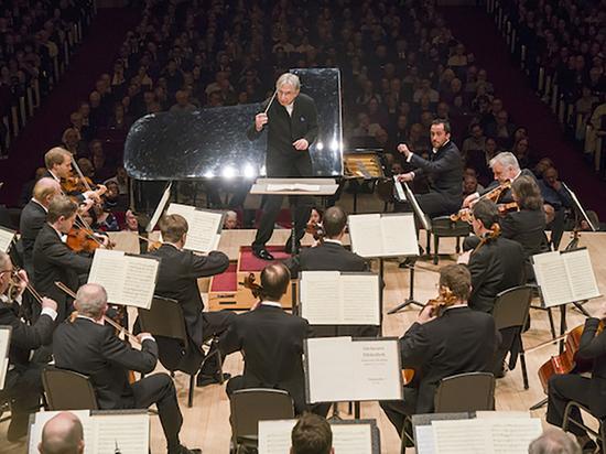 Оркестр Венской филармонии в Нью-Йорке