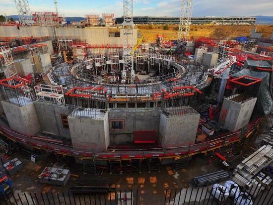 Новосибирские физики улучшили крупнейший термоядерный реактор