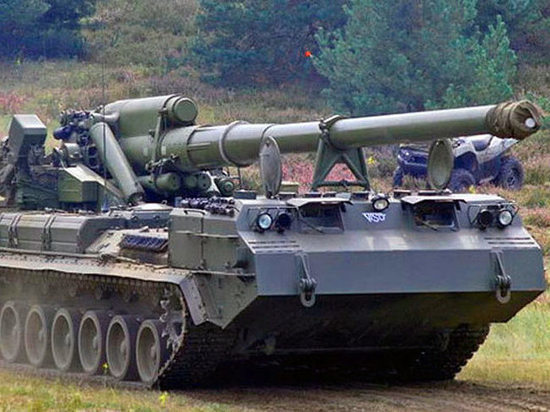 Военные подтвердили опрокидывание на дороге 45-тонной самоходки «Пион»