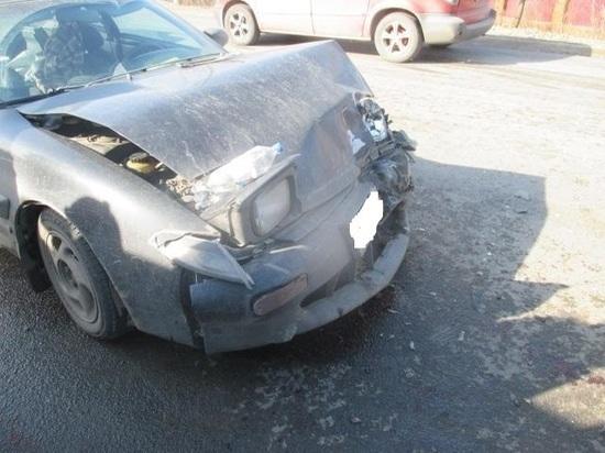 На улице Чмутова в Туле пострадал водитель «Toyota»