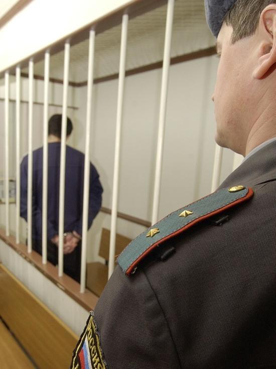 Новосибирский педофил-борец против абортов насиловал собственную дочь
