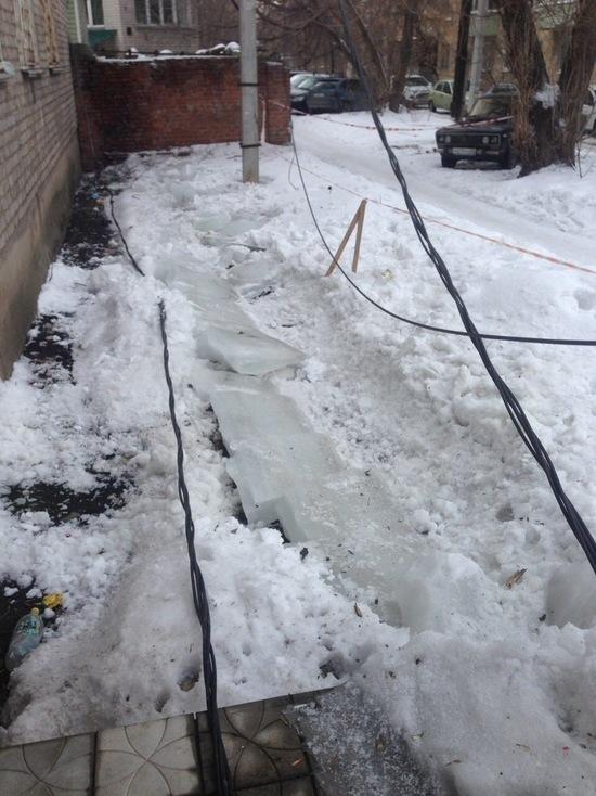 Следователи установили виновника падения глыбы льда на ребенка в центре Рязани