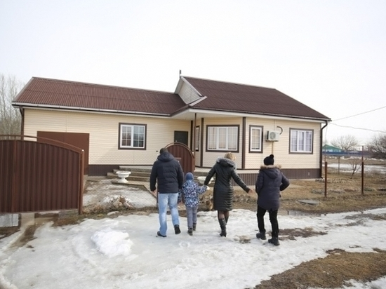 На соцподдержку волгоградцев из бюджета направили 2 млрд рублей