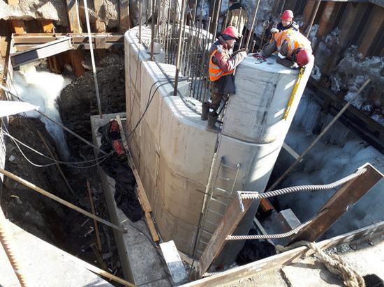 Реконструкция Коммунального моста в столице Тувы идет круглые сутки