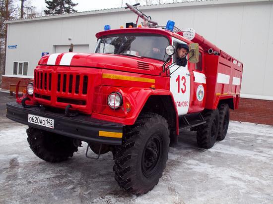 Ночной пожар в садовом домике потушили в Новокузнецке