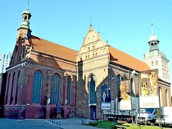 Из Калининграда — в Гданьск, к янтарному алтарю в костёле святой Бригитты