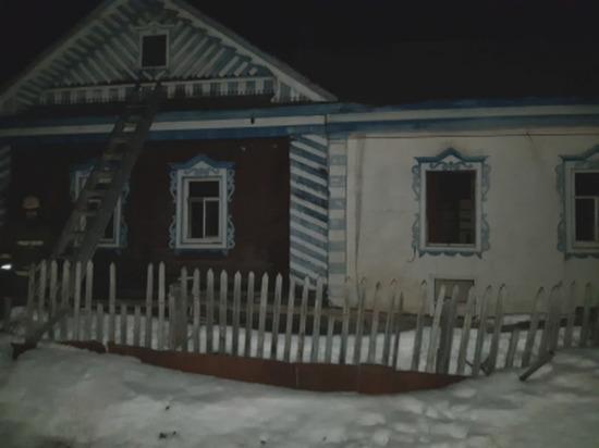Двое мужчин погибли при пожаре в частном доме в Чувашии