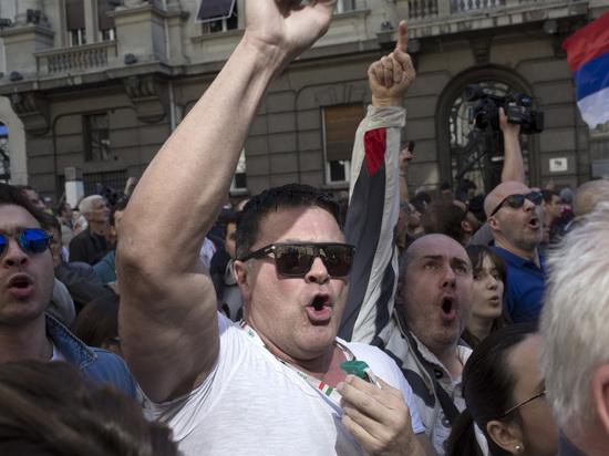 Эксперт объяснил, почему в Сербии возникли масштабные протесты